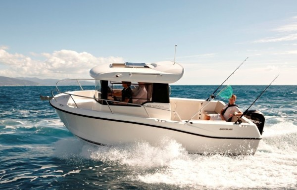 QUICKILSVER 605 PILOTHOUSE